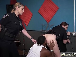Milf on knees blowjob and 69 squirt Raw video captures officer plowing a deadbeat dad.