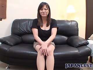 Japanese MILF gets pussy and ass teased