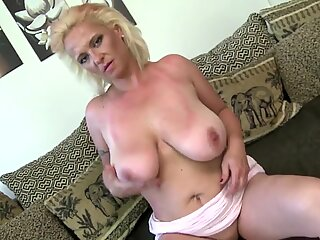 trampy mother with big saggy tits and very hungry cootchie