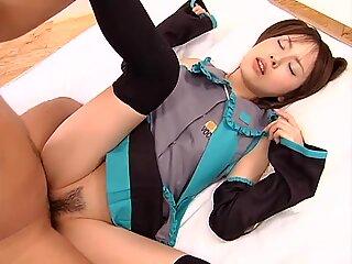 Japanese Cosplay Girl Creampie